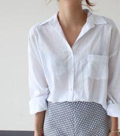 Cotton white shirt, fashion, fashionable shirt, T-shirt Хлопковая рубашка белая, мода, модная рубашка, футболка