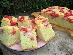 Szybkie, bardzo łatwe ciasto z truskawkami i kruszonką-pulchniutkie i zawsze wychodzi - YouTube Krispie Treats, Rice Krispies, Kefir, Cornbread, Vanilla Cake, Cheesecake, Pasta, Ethnic Recipes, Film