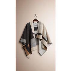 Burberry Check Wool and Cashmere Blanket Poncho (12.150 NOK) via Polyvore featuring outerwear, burberry poncho, wool poncho, cashmere poncho, burberry and poncho