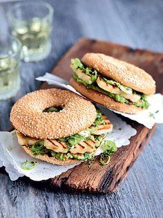 Découvrez sans plus attendre notre recette végétarienne de la semaine pour célébrer le retour des beaux jours avec convivialité.
