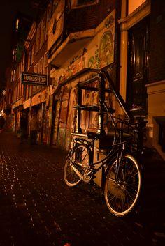 Push Bike Amsterdam, Nederlands
