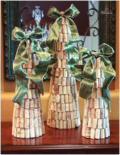 DIY Wine Cork Christmas Trees Topped With Ribbon – The Bubbly Hostess #snapguide #contest