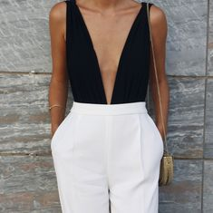 Clothes black and white casual chic 42 Ideas for 2019 Black Women Fashion, Curvy Fashion, Look Fashion, Womens Fashion, Preppy Outfits, Classy Outfits, Fashion Outfits, Night Outfits, Fashion Boots