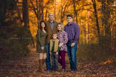 What to wear for all family photos Fall Family Photos, Family Pictures, Couple Photos, Family Photographer, Family Portraits, Portrait Photographers, Photography Tips, Georgia, What To Wear