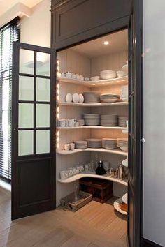closet layout 84512930496352349 - Kitchen Pantry Cabinets Source by darcyoliver Kitchen Pantry Design, Kitchen Organization Pantry, Kitchen Pantry Cabinets, Pantry Storage, Kitchen Interior, Kitchen Storage, Organization Ideas, Closet Organization, Pantry Ideas