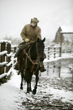 Winter on the Ranch Western Riding, Western Art, Western Cowboy, Real Cowboys, Cowboys And Indians, Hot Cowboys, Cowgirl And Horse, Cowboy Art, Cowgirls