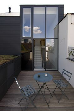 Renovation of a typical Brussels mansion, the house was heavily changed during time and had lost some of it characteristics.