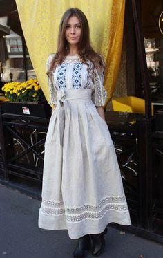 Stylish dress with embroidered geometric ornament women maxi dress with embroidery – Artofit Folk Fashion, Ethnic Fashion, Womens Fashion, Modest Fashion, Hijab Fashion, Fashion Dresses, Simple Dresses, Pretty Dresses, Ethno Design