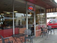 Hallie's Diner, Petaluma CA -- Fantastic place for breakfast!