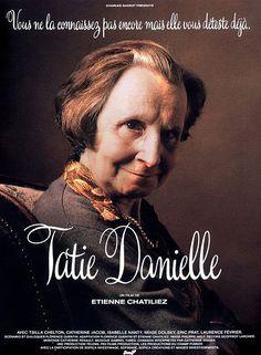 Redécouvrez la bande-annonce du film Tatie Danielle ponctuée des secrets de tournage et d'anecdotes sur celui-ci. Tatie Danielle est une comédie française