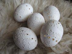 Madeirové velikonoční kraslice: bílá 7