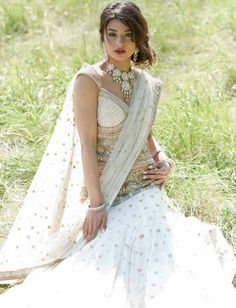 indian wedding | bollywood pose