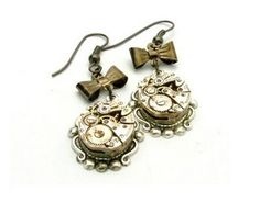 Google Image Result for http://1.bp.blogspot.com/_FyyDp761rNw/ShAi7ZTN5yI/AAAAAAAABJk/6yJ4iAGUqKw/s400/steampunk_earrings.jpg