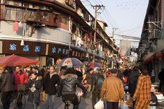 Dajing Road, Shànghai    Dajing Road in Old Town.