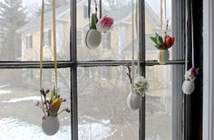EASTER WINDOW DECORATIONS ...9