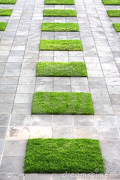 Like the effect, but have grass squares larger