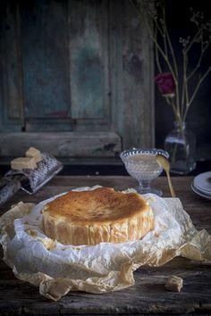 """Cheesecake de turrón - Tarta de queso de """"LA VIÑA"""" - Mi Gran Diversión Yummy Treats, Yummy Food, Healthy Food, My Favorite Food, Favorite Recipes, Hipster Food, Queen Cakes, Sweet Bakery, Dessert Recipes"""