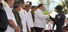 El gobernador Javier Duarte de Ochoa puso en marcha este viernes el Operativo Blindaje Minatitlán para reforzar todas las acciones de seguridad en el sur de Veracruz.