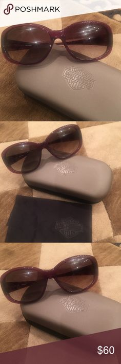 "Brand new Harley Davidson purple oval sunglasses Beautiful new Harley Davidson sunglasses with ""HD"" gold accents on sides.   Brand new, never worn.   Purchase includes the original Harley Davidson case and Harley Davidson embossed lens cloth.  🎉reasonable offers accepted!!🎉 Harley-Davidson Accessories Glasses"