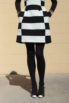 Loving the mod look, bebe boatneck striped dress on fashion blogger Atlantic-Pacific.