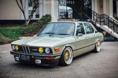 Bmw Classic, Bmw E28, Ac Schnitzer, Custom Bmw, Mercedez Benz, Bmw Autos, Bmw 6 Series, Bmw 2002, Bmw Cars