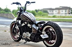 MAXIMES BOBBER - HOUSTON RETRO BOBBERS