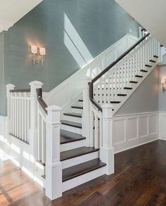 Awesome Modern Farmhouse Staircase Decor Ideas – Decorating Ideas - Home Decor Ideas and Tips - Page 5 Interior Design Minimalist, Luxury Interior Design, Luxury Decor, Home Renovation, Home Remodeling, Foyer Decorating, Decorating Tips, Decorating Stairway Walls, Style At Home