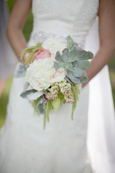 Photography by Rachel Brooks / rachelbrooksblog.com, Floral Design   Styling by TULIP / tulipdesignstudio.com