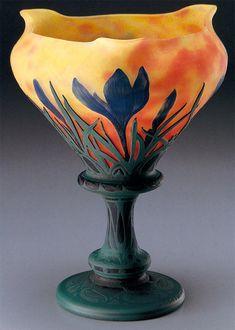 DAUM.  Vaso in pasta di vetro con decoro di   Crocus sativus, 1900. H. cm. 22,5. Kitazawa Museum of Art