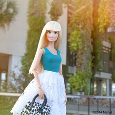 Enjoying the beautiful grounds of the Perez Art Museum Miami, a Miami must-visit, inside and out!  cc @pammpics #barbie #barbiestyle