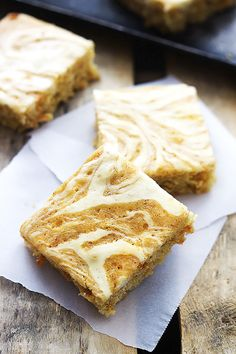 """Best Carrot Cake Cream Cheese Bars 