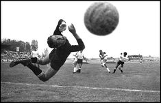 goal juve - The Decisive Moment in Street Photography