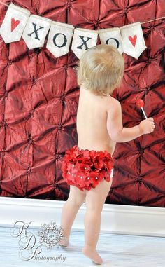 love the background, love the banner, love the bloomers, LOVE the baby! Valentine Picture, Valentine Banner, Valentines Day Photos, Baby Pictures, Baby Photos, Photography Mini Sessions, Photography Styles, Photography Backdrops, Bless The Child