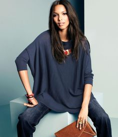 Lais Ribeiro. This is an example of an outfit that I would wear on a day-to-day basis. casual. loose-fitting shirt. statement necklace. cute bag