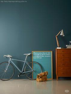 Jotun Lady Wonderwall - 5180 Oslo til billig netpris Dark Painted Walls, Dark Walls, Blue Walls, Dusty Pink Bedroom, Pink Bedroom Walls, Room Colors, Wall Colors, House Colors, Jotun Lady