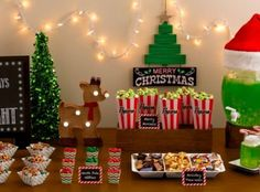 Holiday Movie Night Party Ideas how to throw a Christmas movie night party Christmas Pajama Party, Christmas Movie Night, Christmas Party Decorations, Xmas Party, Christmas Birthday, Kids Christmas, Holiday Fun, Holiday Movie, Party Ideas