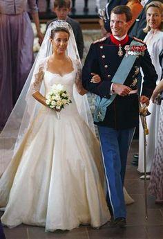 Princess Bride Style Past Royal Weddings