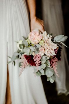 Urban wedding- Urbane Hochzeit Small boho bridal bouquet for the bridesmaids made of eucalyptus and peonies. Fall Wedding Bouquets, White Wedding Flowers, Wedding Flower Arrangements, Wedding Colors, Blue Flowers, Fall Flowers, Bridal Bouquets, Boho Wedding, Wedding Day