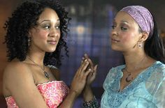 Twitches (2005) | The Definitive Ranking Of Disney Channel Original Movies