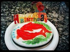 Gold Fishes Jello Cake by jchau
