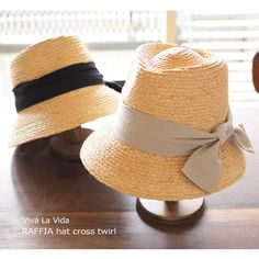 There are elegant and cute, fashionable.  This hat One You exude a variety of atmosphere.  To be casual, even dressy, you can enjoy together with various items.   Viva La Vida RAFFIA hat cross twirl   http://kanden43.jp/?pid=1597053   #HoldinghandsHerat #
