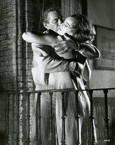 ROMY SCHNEIDER PETER FINCH 10.30 P.M. SUMMER VINTAGE PHOTO ANCIENNE N°4   DVD, cinéma, Objets de collection, Photos   eBay!