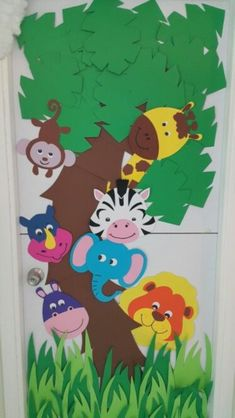 exciting zoo crafts for kids to keep them busy and happy exciting happy crafts keep kids crafts Kids Crafts, Zoo Crafts, Preschool Activities, Preschool Jungle, Jungle Crafts, Zoo Animal Crafts, Jungle Classroom Door, Classroom Themes, Jungle Door