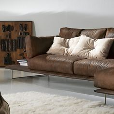 The Vessel sectional by Gamma Arredamenti blends bold design and contemporary look for a comfortable seating.