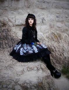 Such a pretty skirt pattern!