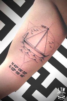 Velero y coordenadas by Jorge Teràn - LTW tattoo Barcelona