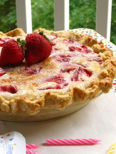 Summer Strawberry Sour Cream Pie...