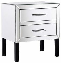 Elegant Venetian low bedside table with metal handles. The table requires a simple assembly and instructions provided. Mirrored Furniture, French Furniture, Contemporary Furniture, Furniture Storage, Luxury Furniture, Mirror Bedside Table, Mens Bedding Sets, Luxury Interior, Elegant