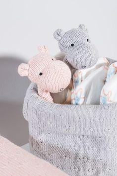 *soft knit*