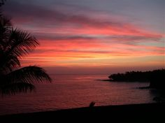sunset at the palms cliffside inn in Hilo, Hawaii